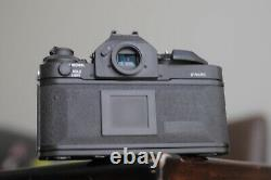 Canon F1N camera body with canon lense New battery