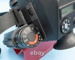 Exakta 66 MOD 2 Medium format 6X6 with metering prism and Zeiss lens