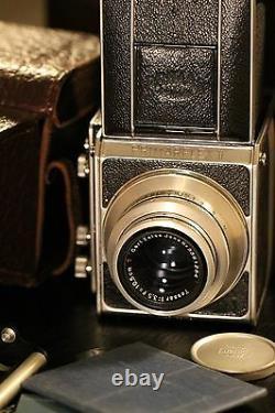Medium format film camera Primarflex II with Carl Zeiss 13.5 F=10.5cm lens set