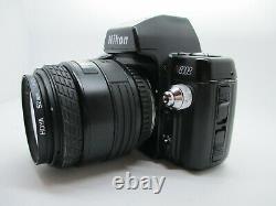 Nikon N8008 35mm SLR Film Camera with Zoom Nikon F mount Auto Focus Lens WORKING