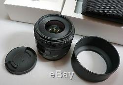 Sigma 30mm f/1.4 DC HSM Art Series SA mount SD Quattro H SD1M Camera v1.01 F/W
